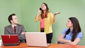 Flere og flere møde holdes med deltagere der ikke er mentalt til stede.